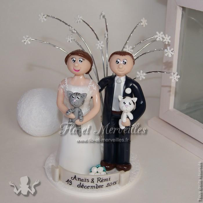 Figurines de mariage avec flocons et neige