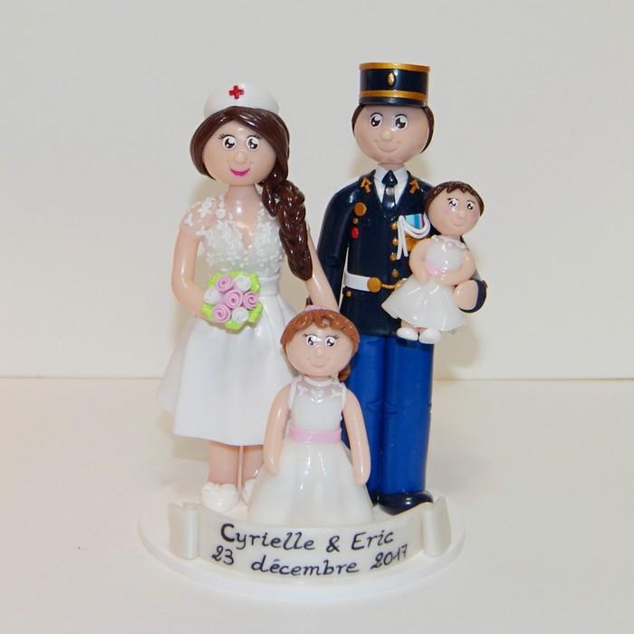 Figurines de mariage personnalisées infirmière et militaire, avec enfants