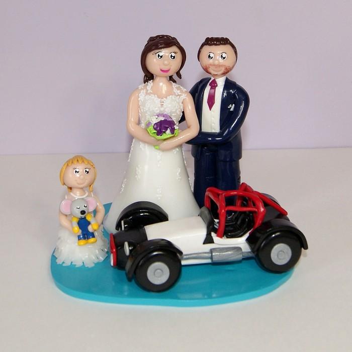 Figurines mariage personnalisées en tenue de mariage, enfant avec peluche Europapark et catheram